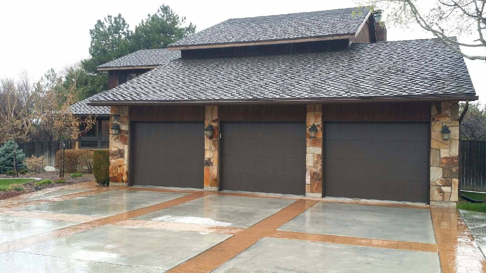 Skyline Flush Garage Door - Residential Garage Door - Garage Door Services, Inc.