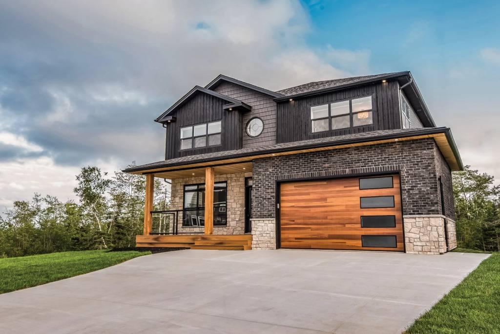Planks Residential Garage Door - Garage Door Services, Inc.